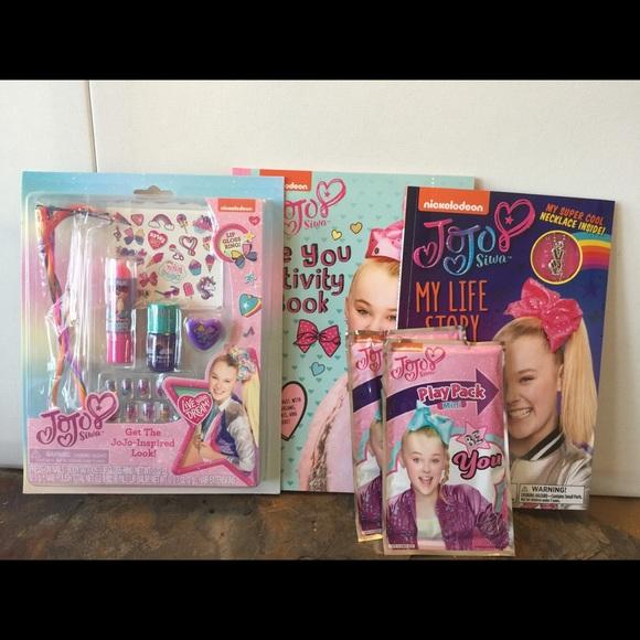 JoJo Siwa Makeup and Book Set